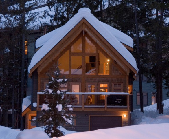 White Wolf Cabinse