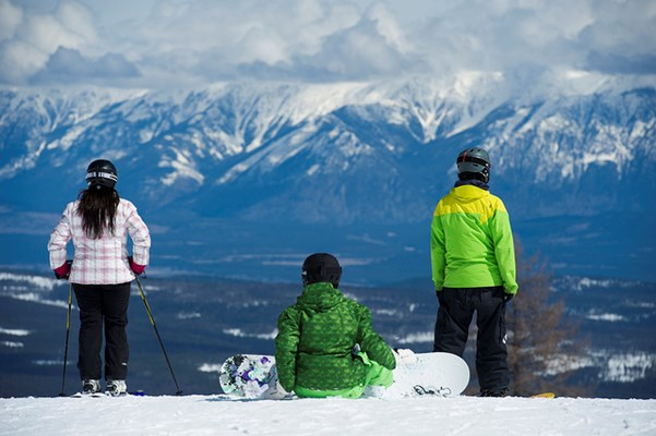 Skiers on the mountaintop of Kimberley Alpine Resort on the Powder Highway